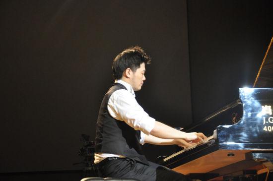 青年钢琴家薛啸秋将在潍坊市民文化艺术中心音乐厅
