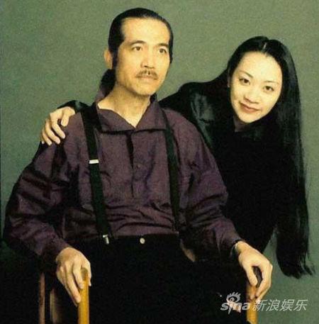 李泰祥(左)与女儿李若菱