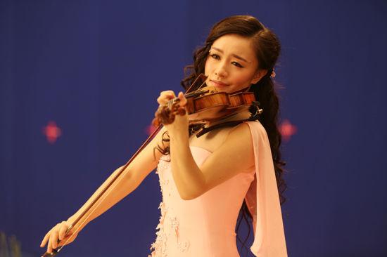《梁祝》作为中国最著名的小提琴协奏曲,是中国交响乐瑰宝级的艺术