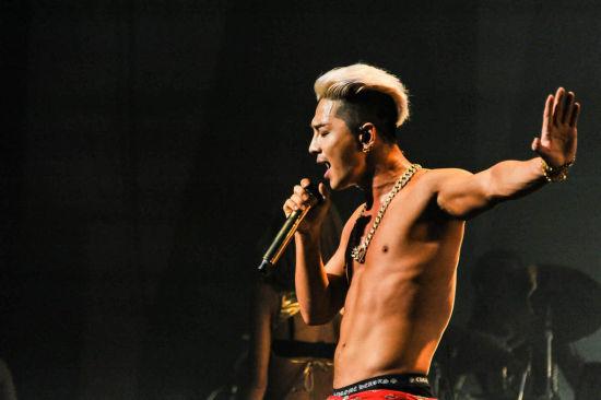 bigbang太阳日本巡演 实力唱功打动观众