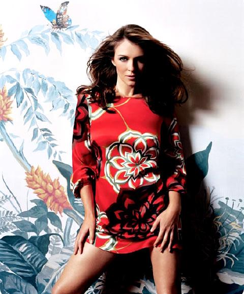 组图:伊丽莎白-赫莉性感写真红装秀中国风情