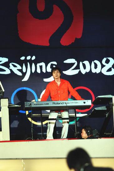 李小兵长城奏响电子音乐融汇传统现代(组图)
