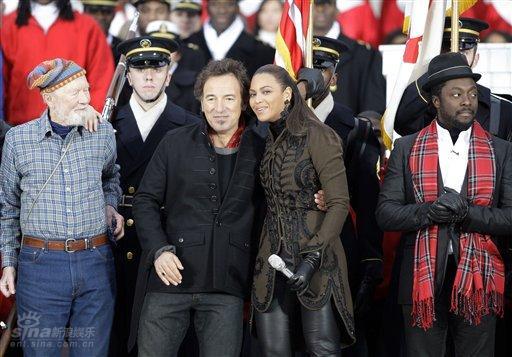 图文:奥巴马就职音乐会--碧昂斯和斯普林斯汀