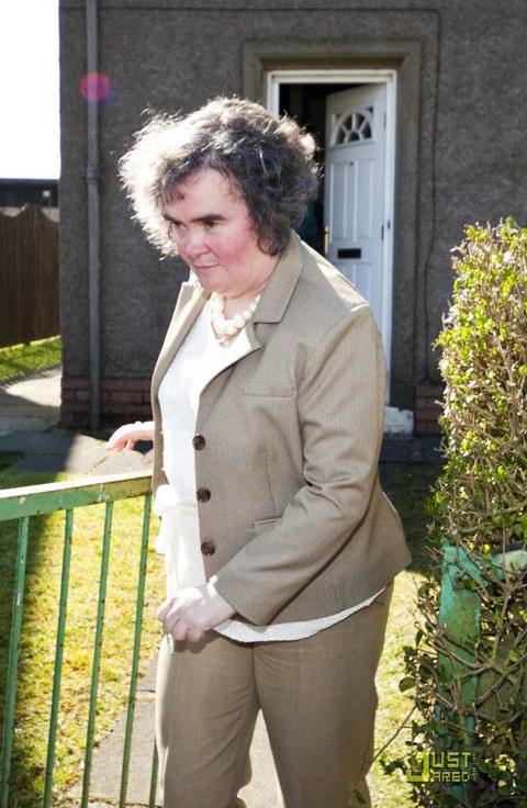 组图:英国偶像苏珊大妈平淡生活遭追踪曝光