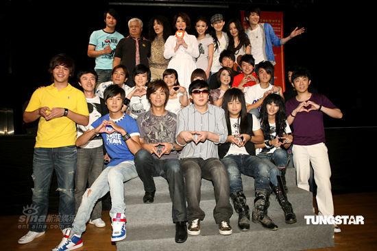 组图:蔡琴携范玮琪等50位歌手录制公益歌曲