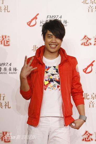 图文:09北京流行音乐典礼-TANK