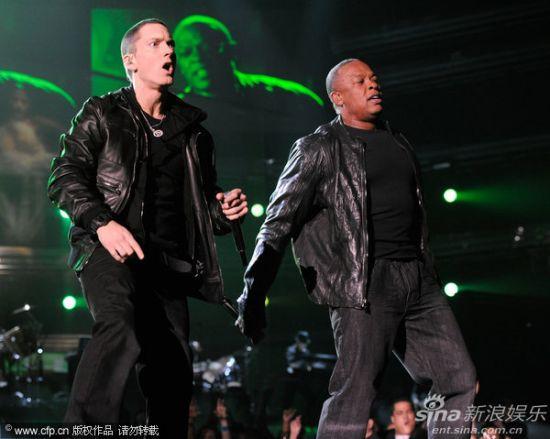格莱美现场 说唱歌手Dr Dre同台痞子阿姆