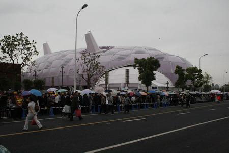 位于A区的日本馆是世博浦东园区中最热门的展馆之一