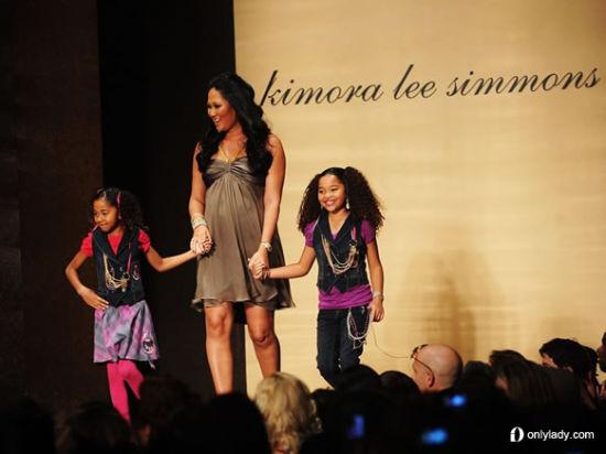 Kimora-Lee-Simmons