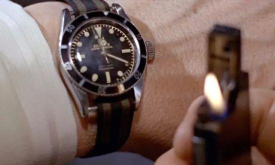 007系列电影中,Sean Connery所佩戴的尼龙腕表引得无数粉丝效仿。