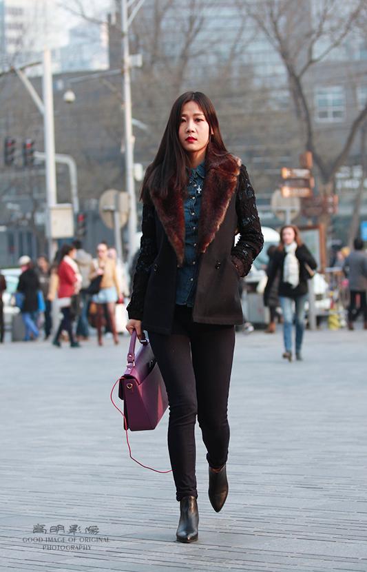街拍:北京长腿美女人见人爱 |街拍|长腿|美女人