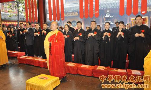 上海玉佛禅寺举行庆祝释迦牟尼佛圣诞的纪念活动