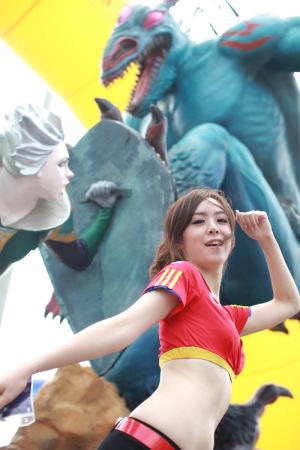 这是《龙之谷》的雕塑