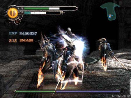 由Capcom开发,发售于2003年的《混沌军团》,主角一开始就带着一个逆天的魔宠,可惜好景不长……