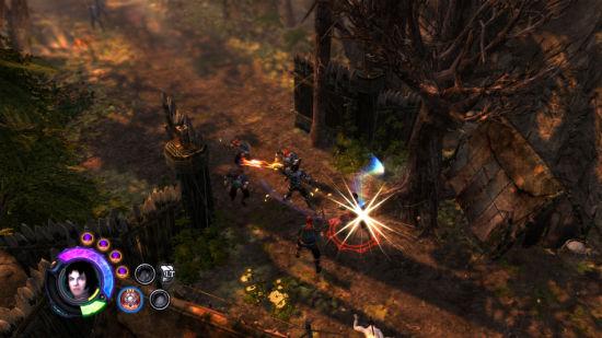 玩家经常会遇到敌人的近身或远程攻击。在近身攻击与魔法攻击之间切换很容易