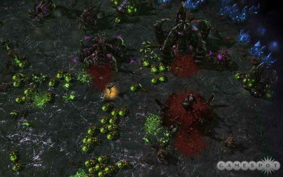 爆虫在单人战役中就是Kerrigan的手榴弹