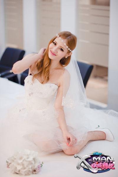 婚纱女定妆写真
