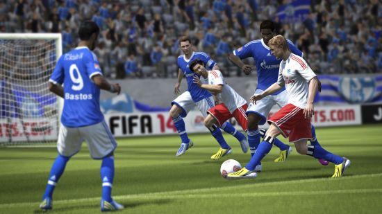 《FIFA 14》游戏截图 (2)