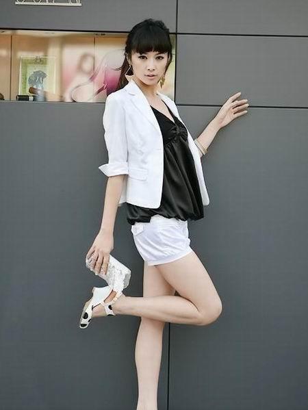 组图:韩国超性感时尚游戏美女欣赏