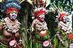 实拍:寻食人族遇非洲裸女(组图)