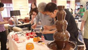 会员自己动手制作巧克力