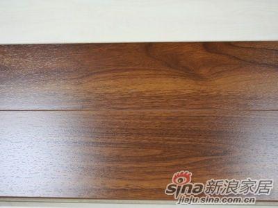 产品评测 贝尔地板 水晶红胡桃木强化地板 2