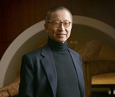 罗嘉瑞 先生鹰君集团有限公司主席兼董事总经理朗廷酒店集团执行主席