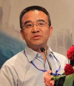海南长信总裁助理  王银集中采购考验企业管理能力