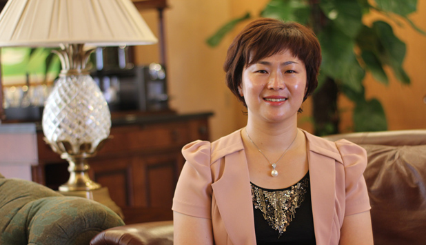 狮子湖总裁郑静芬
