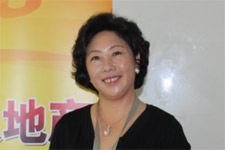 燕开董事长黄文明民族企业期待更大舞台