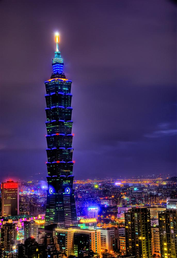 台北101大楼建筑高度:508米 建筑造价:580亿新台币