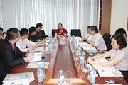 代表团会见越南最大陶卫企业