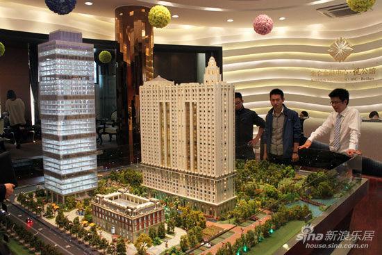 北仑金融中心悦公馆,位于泰山路和中和路交汇处