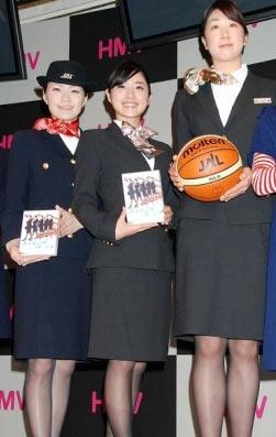 石原里美表示历代JAL试穿都想制服(图)_日本无人杯情趣用品的店飞机图片