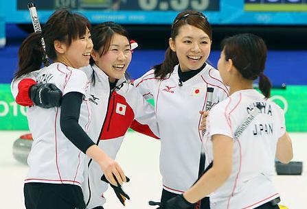 冬奥会冰壶循环赛+日本队大胜英国队(组图)
