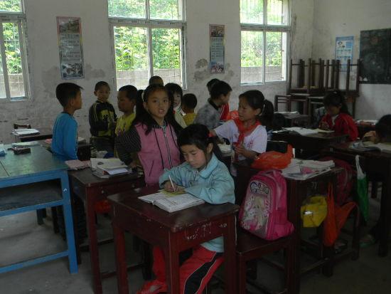 儿童生活困苦_困儿童人数增加100万人逾20孩子生活困苦_