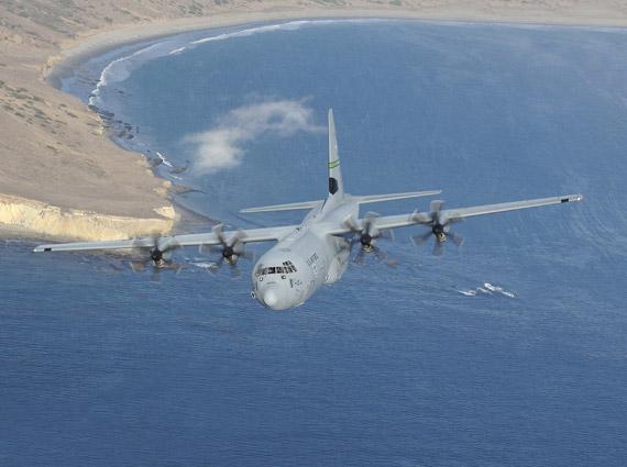 印度与美国签订合同正式购买6架C-130J运输机