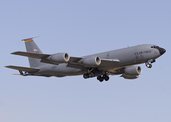 美空军现役飞机平均机龄已超过23.5年老化严重