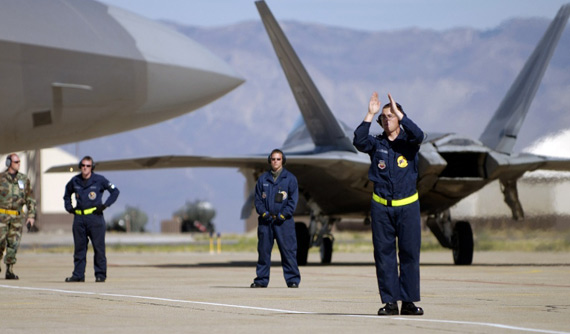 美空军被批准2009年采购20架F-22战机(图)