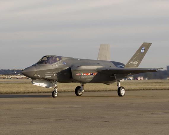 美军17架F-35试验飞机交付将延期3-5个月(图)