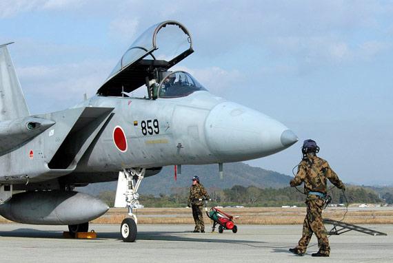 资料图:日本航空自卫队第304飞行队F-15J战机