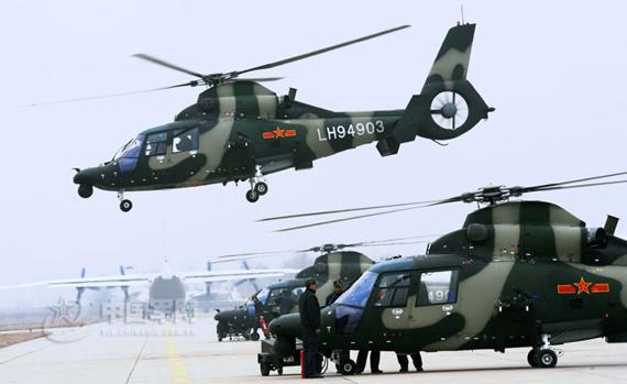 资料图:直九夜战型武装直升机起飞训练