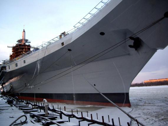 """目前""""戈尔什科夫""""号航母已经完成舰体改装,正在进行舰上建筑改装。"""