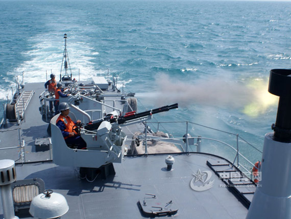 Data for: South Fleet submarine shipboard anti-aircraft guns for hunting sea-artillery attack on the training of Chinese military networks Hu Kaiyuan issued photo