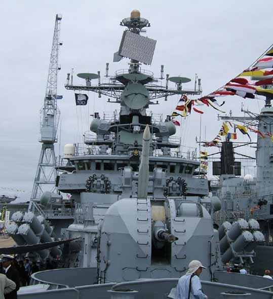 印度海军舰队启程赴中国参加4月海上阅兵(图)