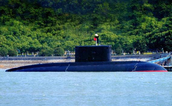 中国海军共有12艘俄制基洛级潜艇在役。