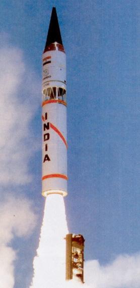 资料图:印度烈火-3弹道导弹试射