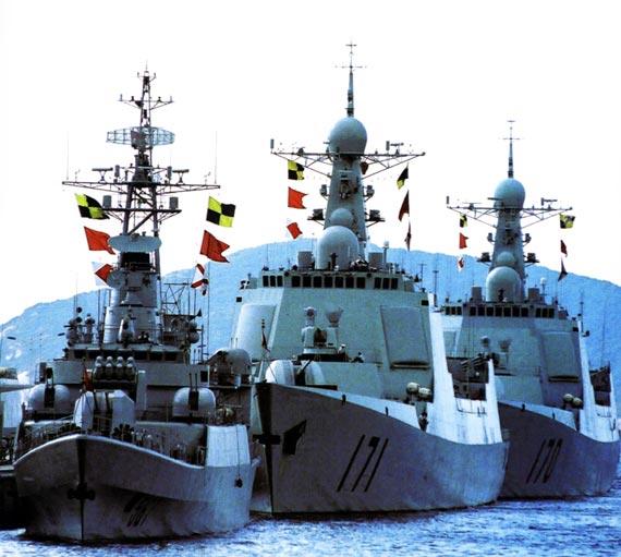 解放军近年来大力发展海军力量。