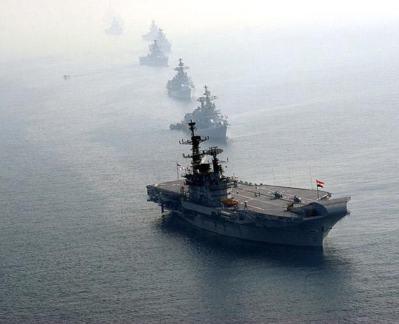 资料图:印度海军维特拉号航母编队
