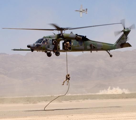 资料图:美国军队列装的黑鹰直升机